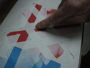 Kunstenaar Bob Bonies geeft uitleg over zijn schildertechniek.